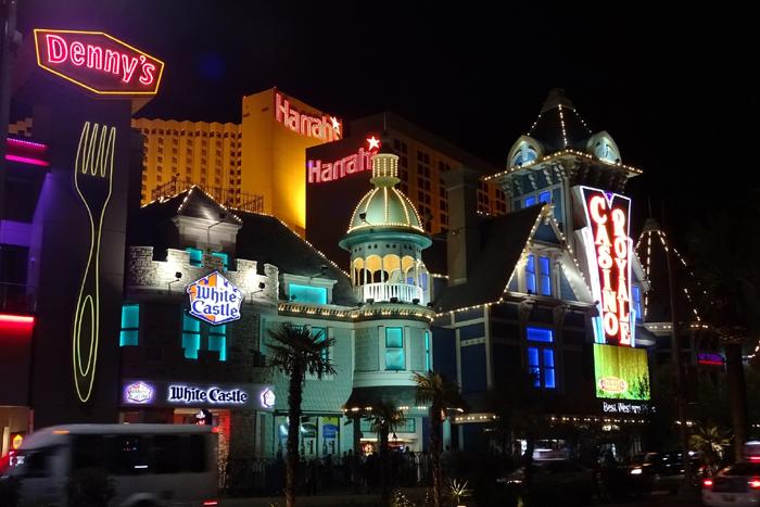 도박, 와이어법 및 온라인 포커